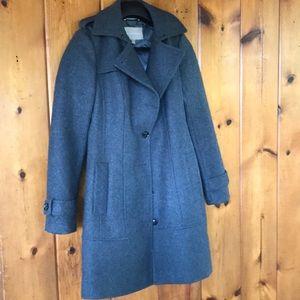 Banana Republic grey wool trench coat size 4